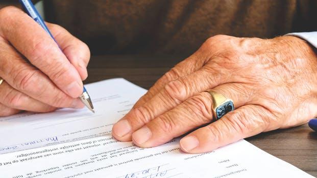 Sutarties nutraukimas anksčiau termino. Ką turite žinoti.